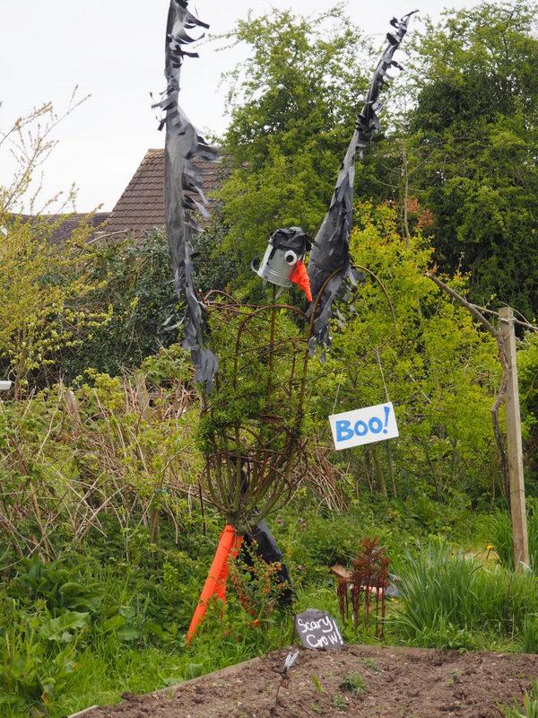 Bonnys scarecrow